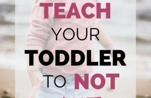 How To Teach Your Toddler To Stop Hitting. Is your toddler hitting mom, parents, or at daycare? Check out these seven ways to stop toddlers from hitting parents, siblings, and kids.