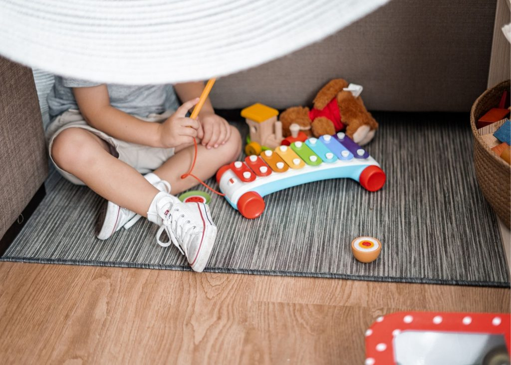 Easy solutions for cleaning up toys